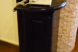 Comoda telefon lemn masiv Brasov
