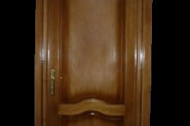 Usa lemn masiv interior Brasov